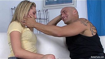 Подборка секса с девчушками с пирсингом и татуировками